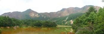 銅池から磐梯山.jpg